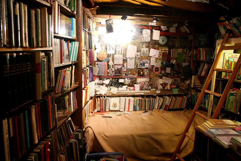 The Shakespeare and Company bookshop in Paris: fancy setting camp here?