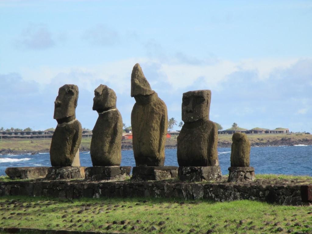 Easter Island, Tahai alignment