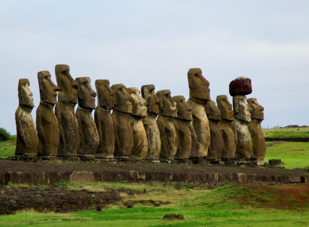 Rapa Nui Ahu Tongariki moai
