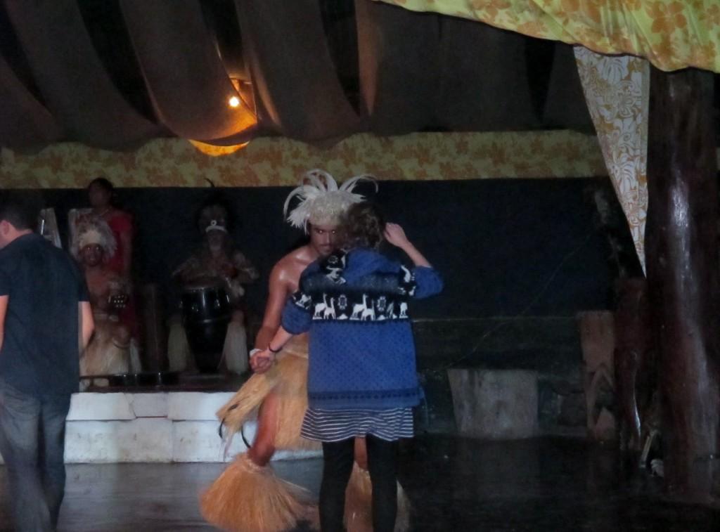 Guest starring in Kari-Kari, Rapa Nui