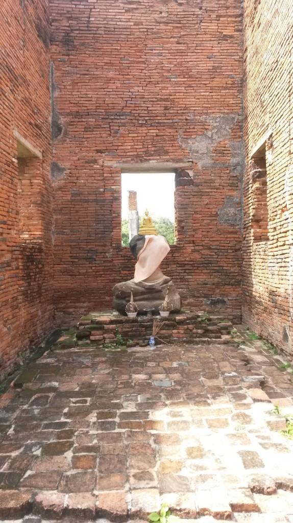 Headless Buddha Ayutthaya temple