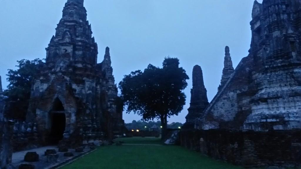 Dusk view of Wat Chaiwattanaram in Ayutthaya, Thailand