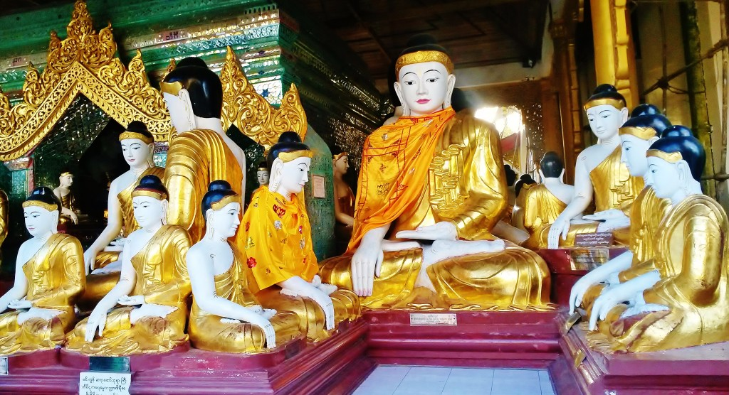 Sitting Buddhas at Shwedagon Pagoda, Yangon