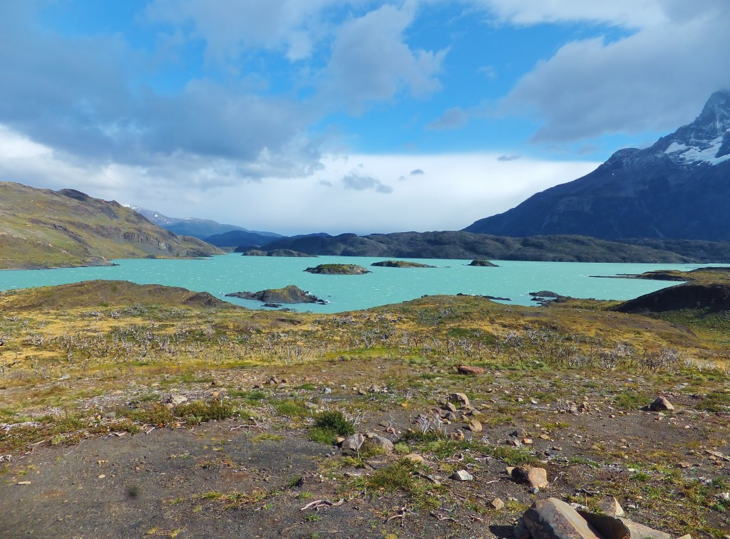 Turquoise blue lake at Torres del Paine