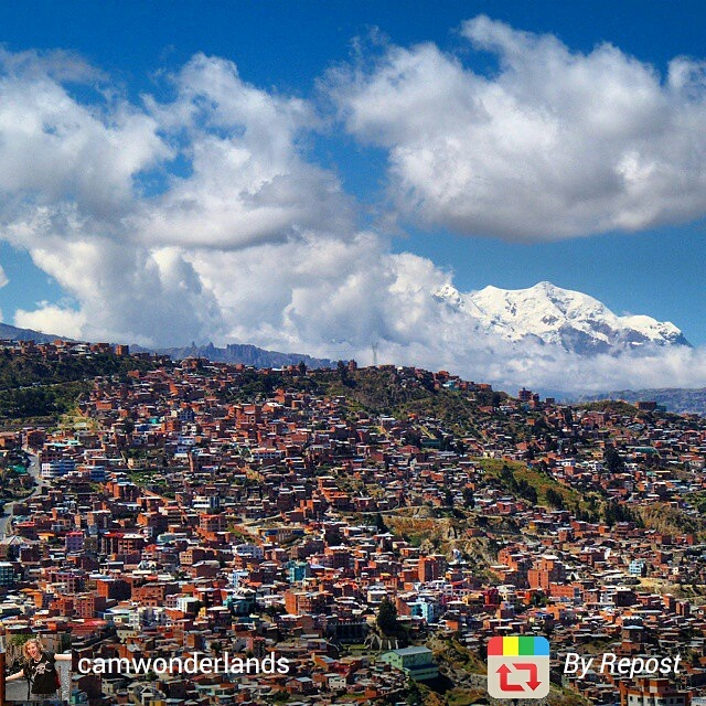 Overview of La Paz, Bolivia