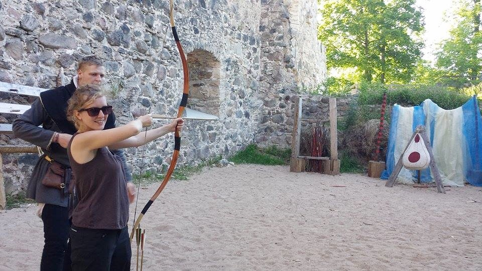 Sigulda castle medieval arms experience