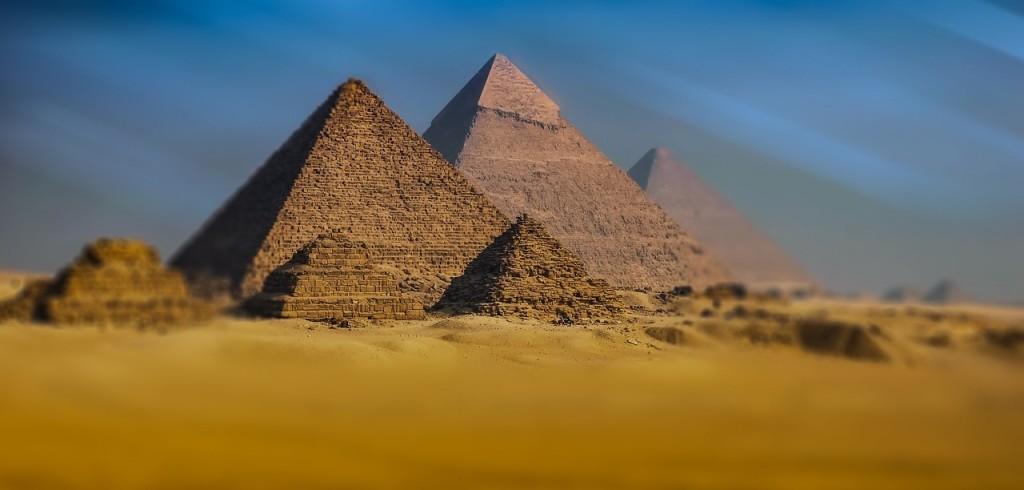 africa-egypt-giza-pyramids