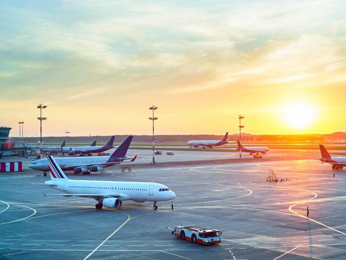 Airport-parking-plane