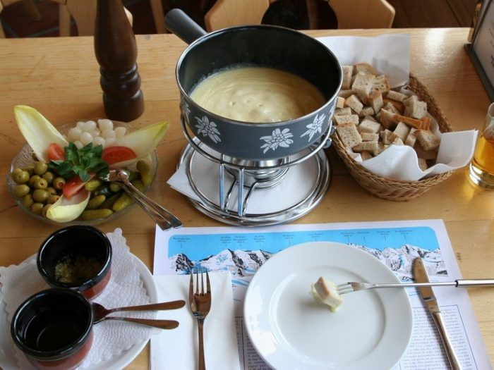 cheese-fondue-les-gets