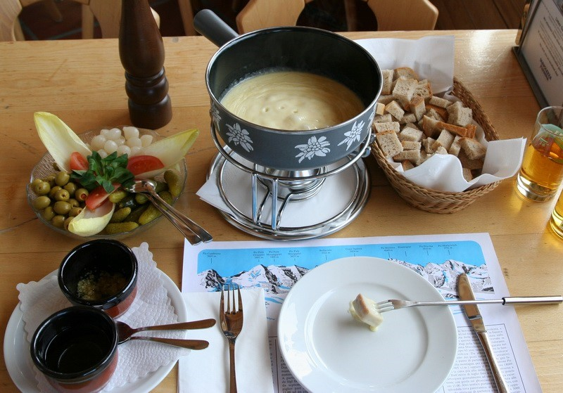cheese fondue les gets food france