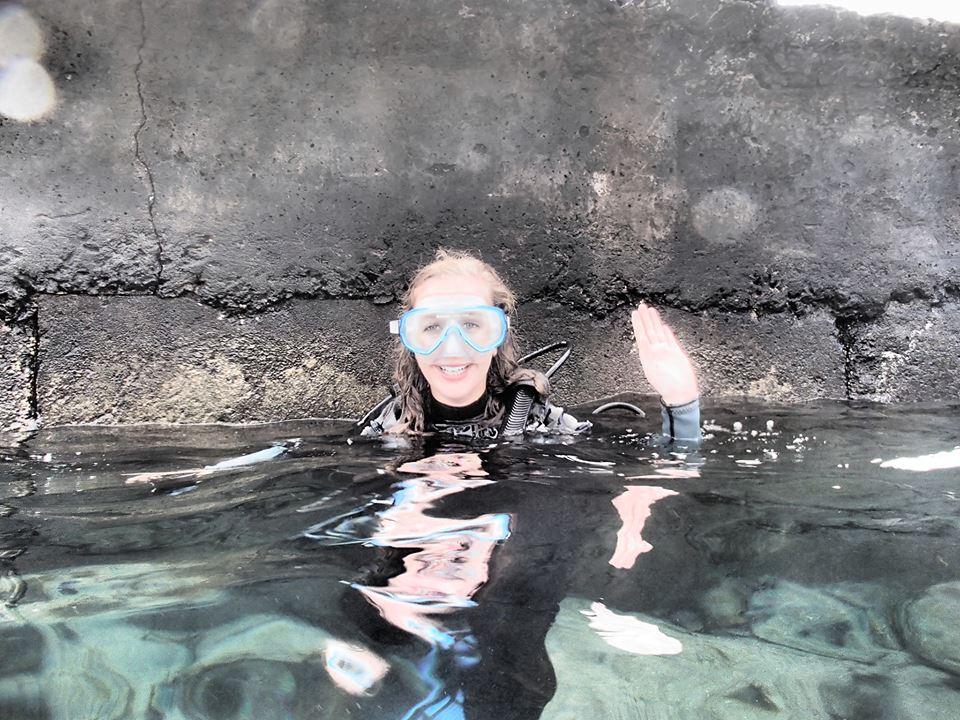 scuba diving easter island