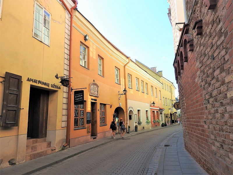 visit-Baltic-states-Vilnius-Lithuania-old-town