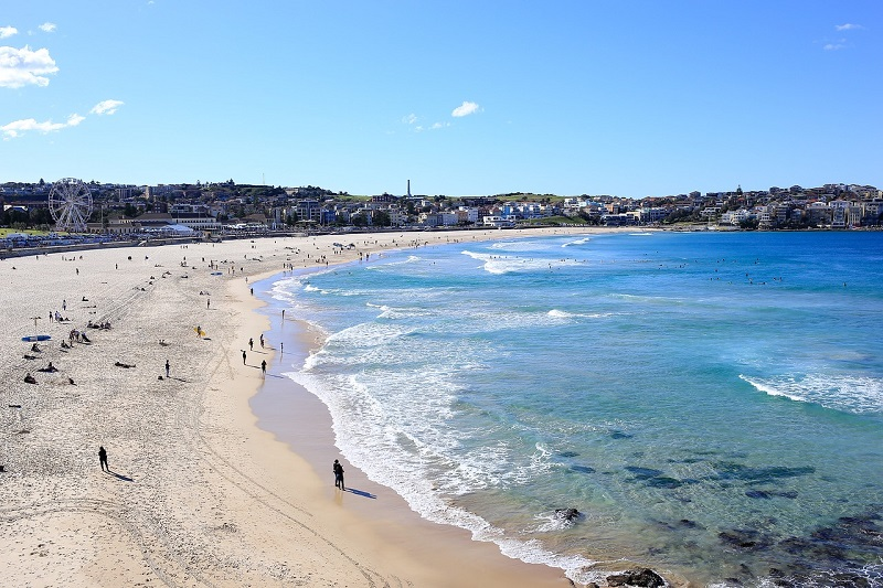 unmissable-places-to-visit-in-sydney-bondi-beach